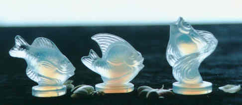 Opalescent glass fishes by Sabino, from the Virtual Glass Museum